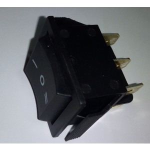 Commutatore 1.0.2 15Amp  250Vca nero mis. 12 x 18 mm   Gbc